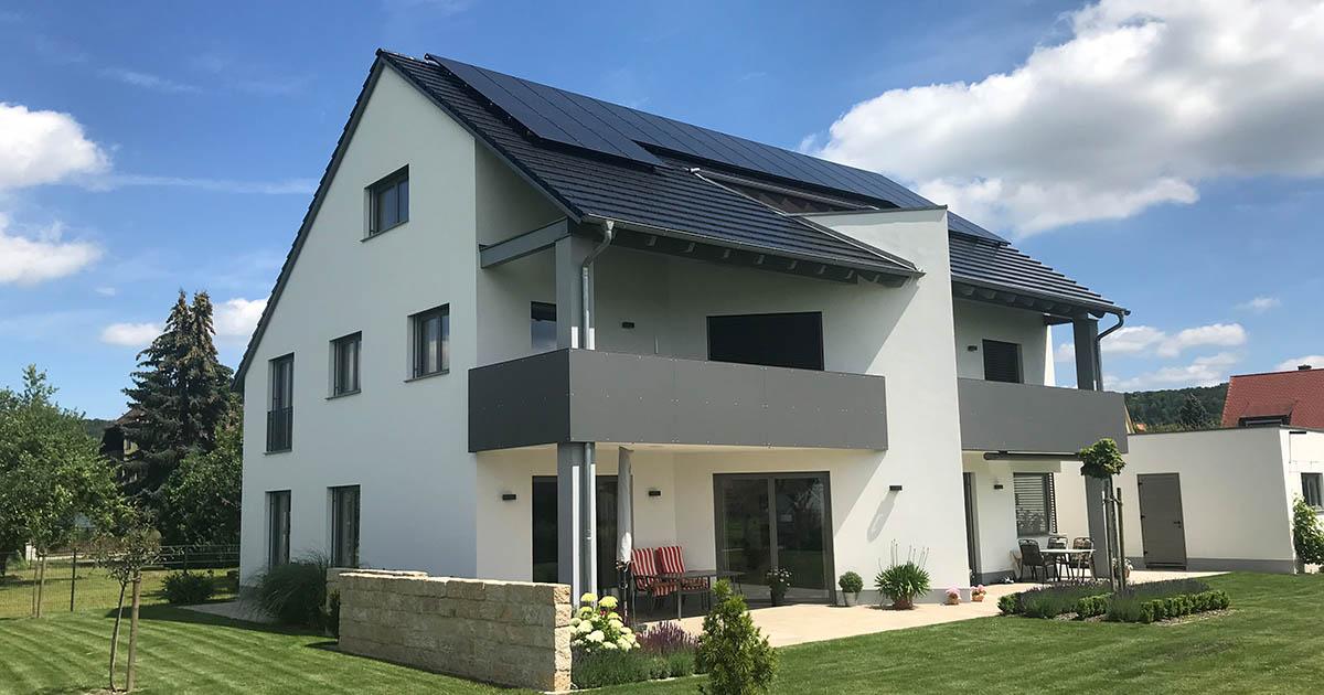 Mit PV und Stromspeicher Ressourcen schonen